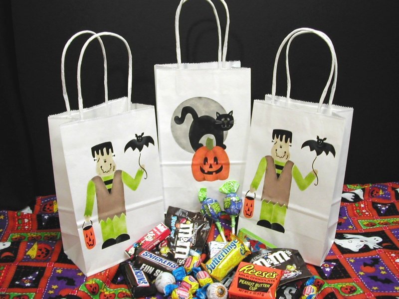 Craft Project Halloween Party Bags